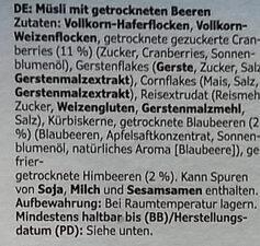 Müsli (Muesli with dried berries) - Ingredients