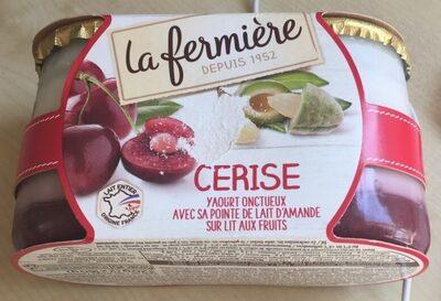CERISE Yaourt onctueux à la cerise avec sa pointe d'amande sur lit aux fruits - Produit