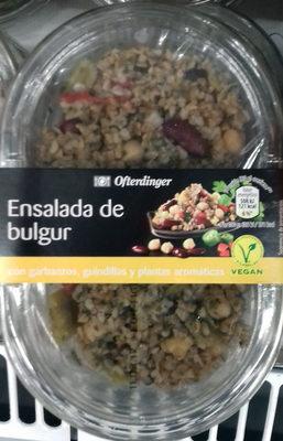 Ensalada de bulgur con garbanzos, guindillas y plantas aromáticas - Producto - es