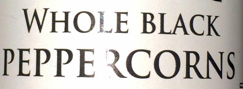 whole black peppercorns - Ingrédients - en