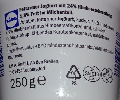 Fettarmer Joghurt mit 24% Himbeerzubereitung - Ingrediënten - de