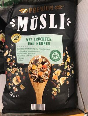 Premium Müsli mit Früchten und Kernen - Produkt
