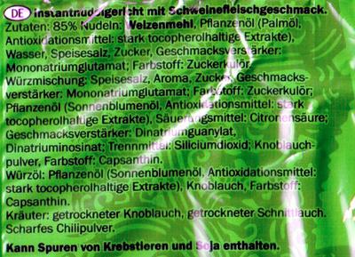 Instant Nudeln Schweinefleischgeschmack - Ingredienti - de