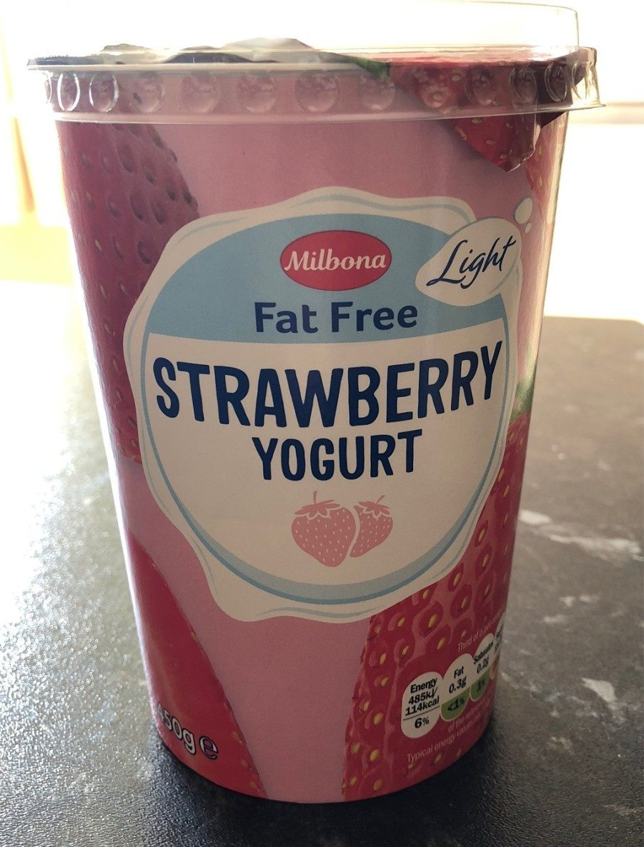 Fat free strawberry yogurt - Produit - fr