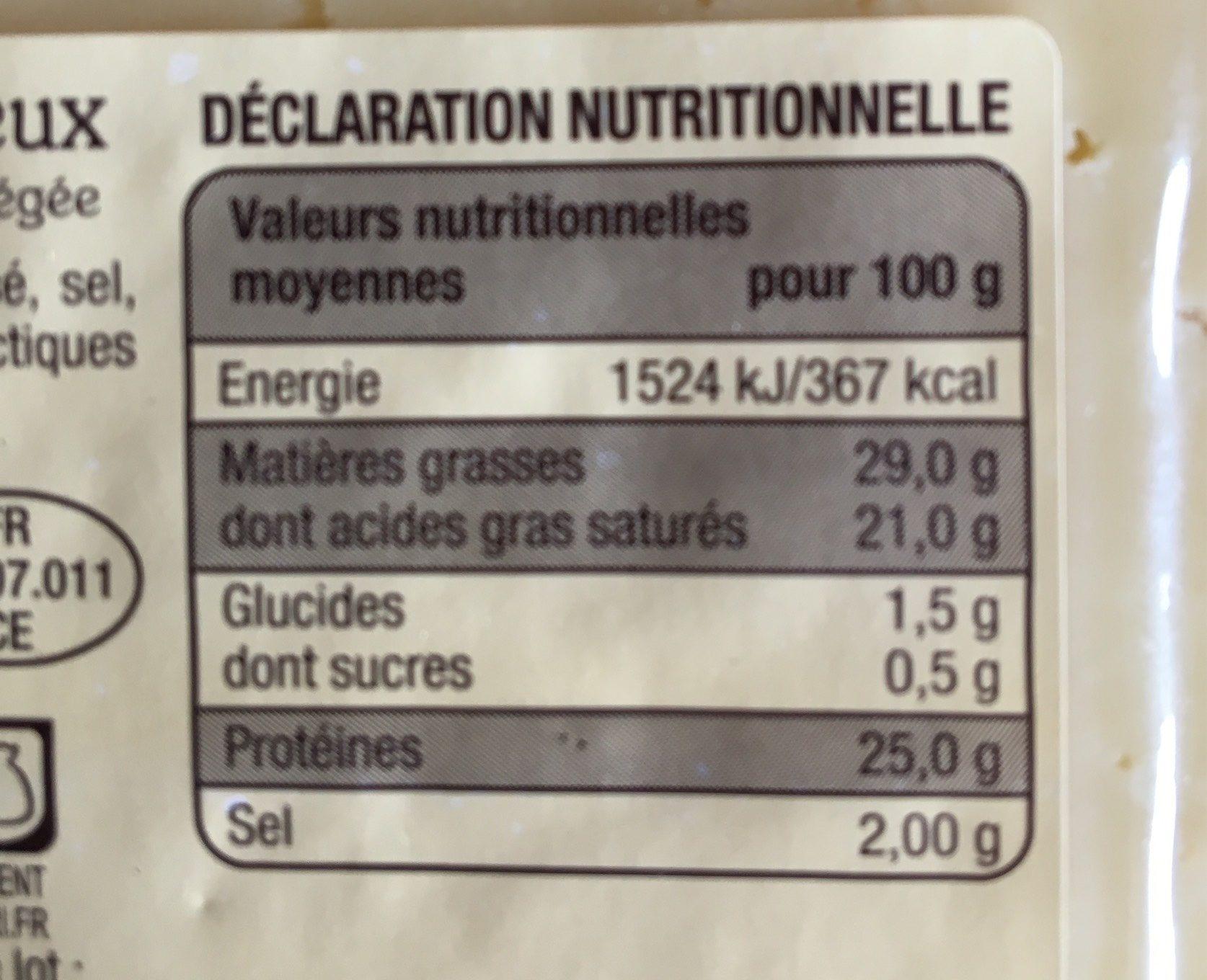 Cantal entre-deux - Nutrition facts