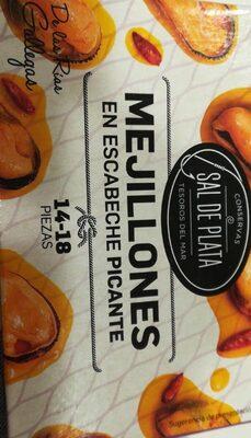 Mejillones en escabeche picante. Sal de plata