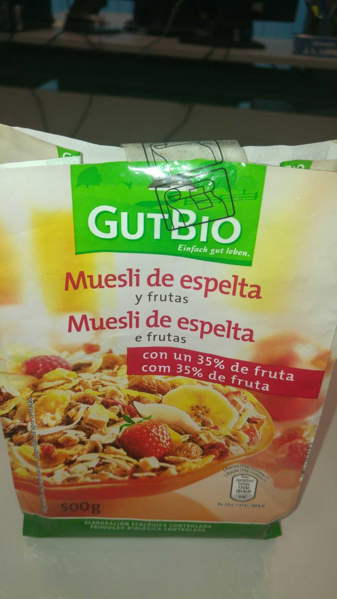 Muesli crujiente con frutas y cereales - Producto