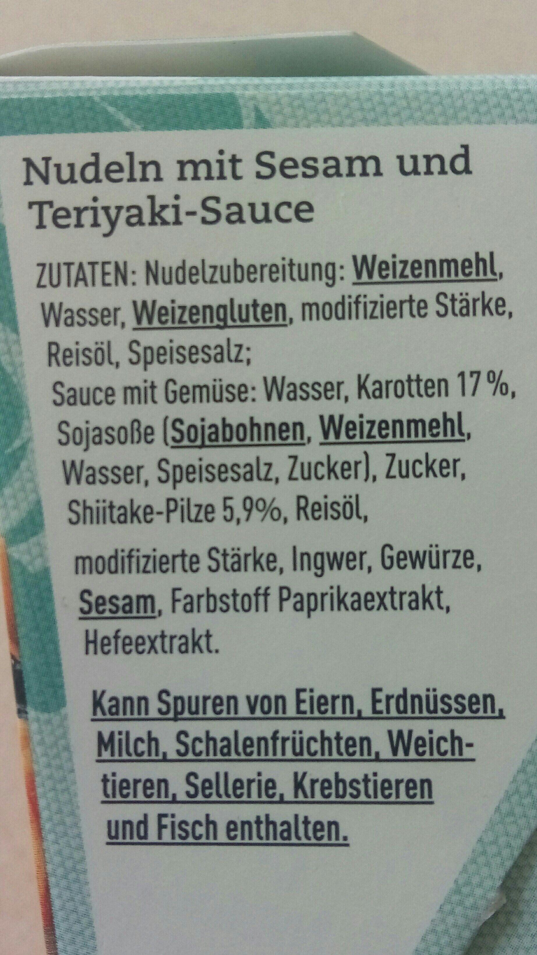 Nudeln mit Sesam und Teriyaki-Sauce - Ingrediënten - de