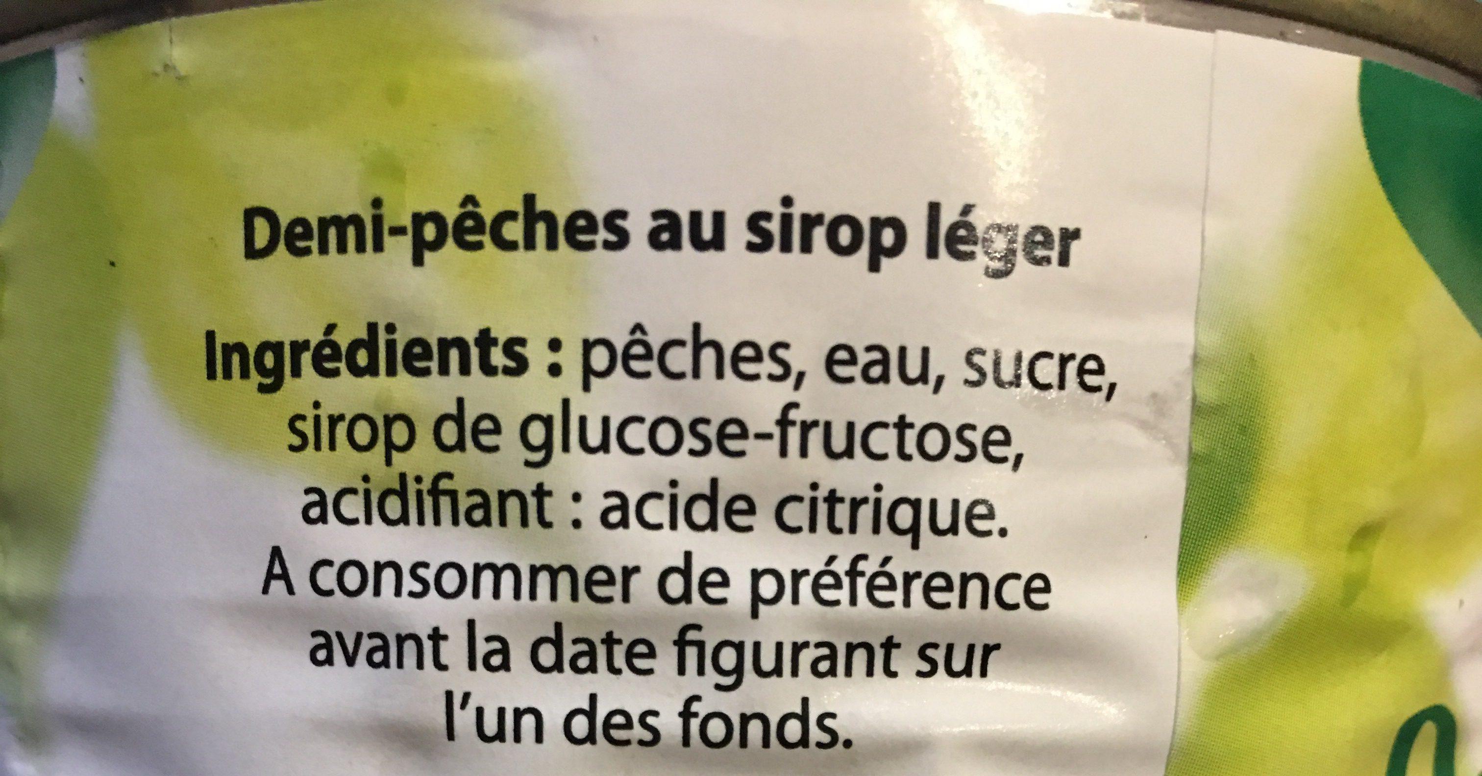 Pêches (Solides et Liquides, Sirop Très Léger, en Conserve) - Ingrédients