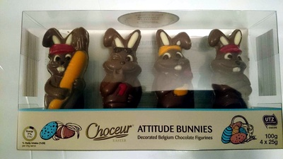 Attitude Bunnies Decorated Belgium Easter Chocolate Figurines - Produit