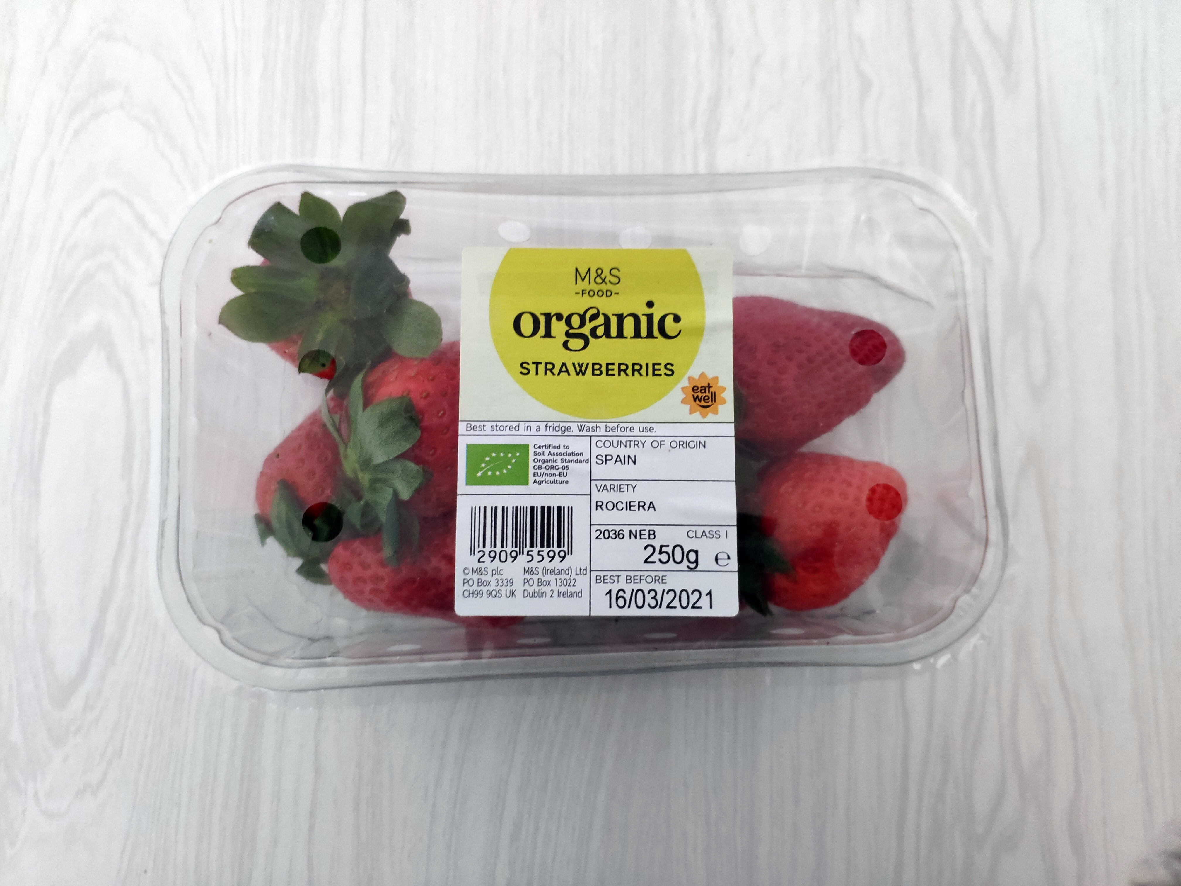 Organic Strawberries - Product - en