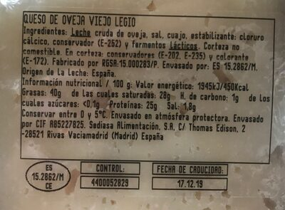 Queso de oveja viejo - Nutrition facts