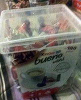 Kinder bueno mini fines gaufrettes enrobees de chocolat au lait fourrees lait et noisettes box plastique de 180 pieces - Product - fr