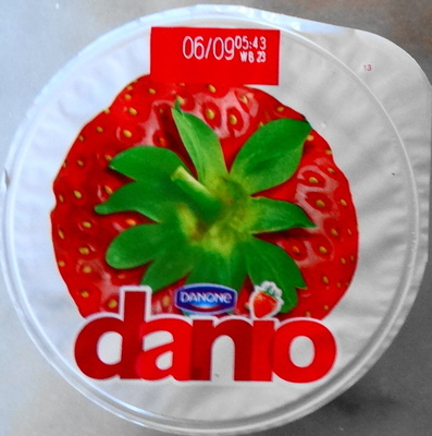 Danio Fraise (2,4 % MG) - Product - fr