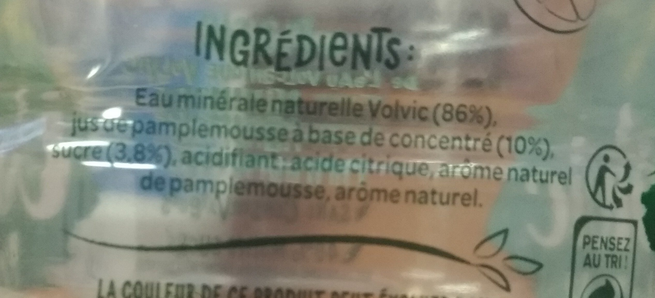 Volvic Juicy agrumade pamplemousse - Ingrédients
