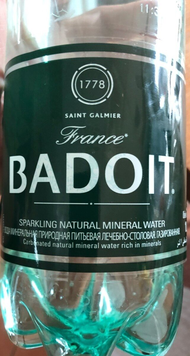 French Lightly Sparkling Water - Product