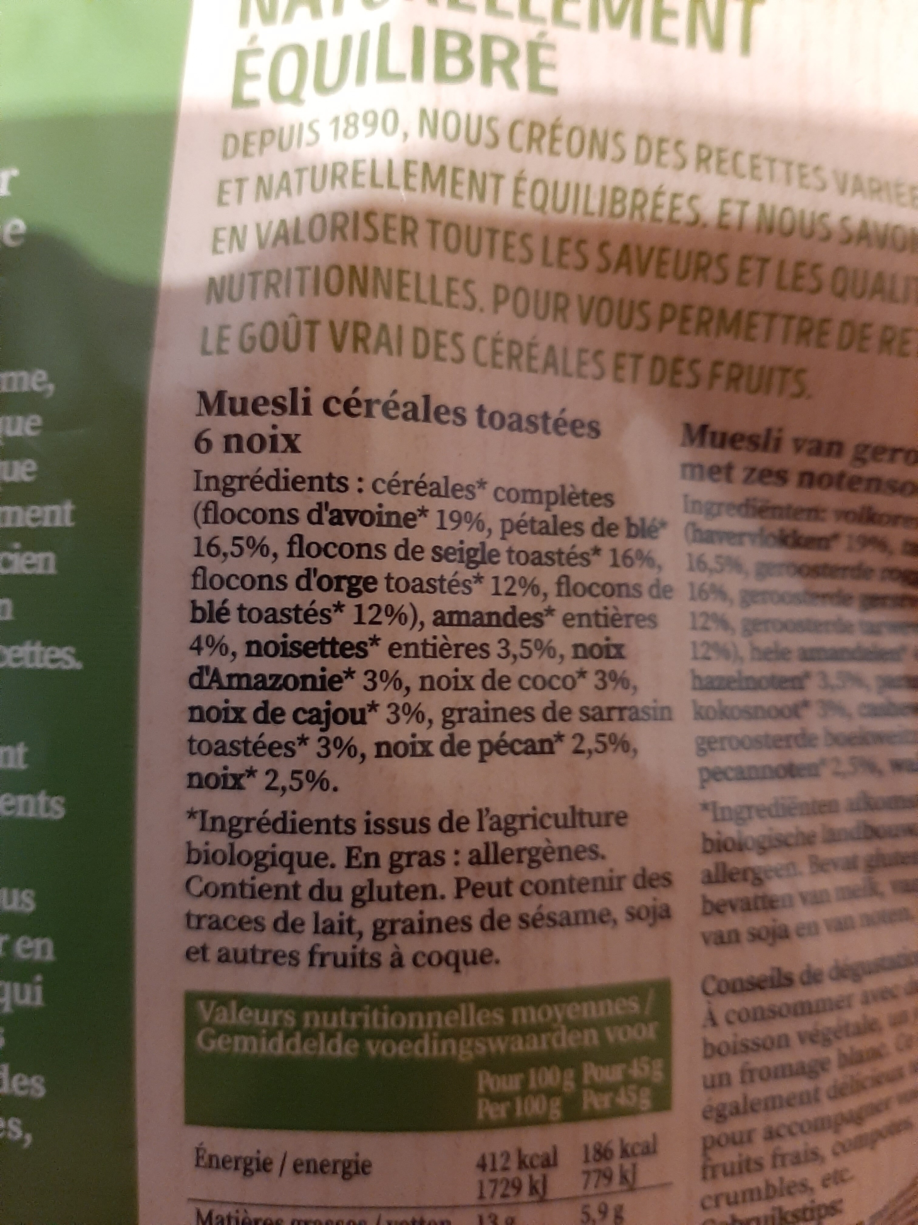 Naturellement équilibré Noix Muesli - Ingredients - fr