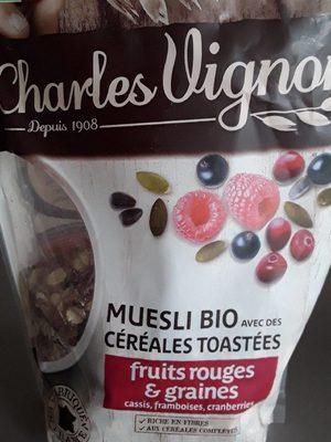 Muesli bio avec des céréales toastées fruits rouges et graines - Produit