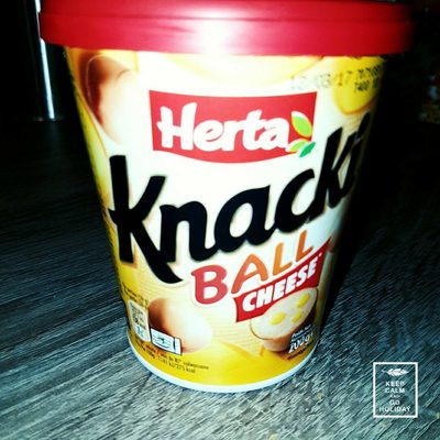 Knacki Ball Cheese - Product