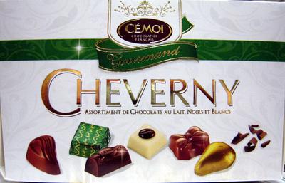 Cheverny Assortiment de chocolats au lait Noirs et Blancs - Product - fr
