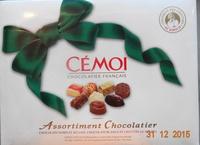 Assortiment Chocolatier, chocolats noir, lait, blanc et griottes au kirch - Produit