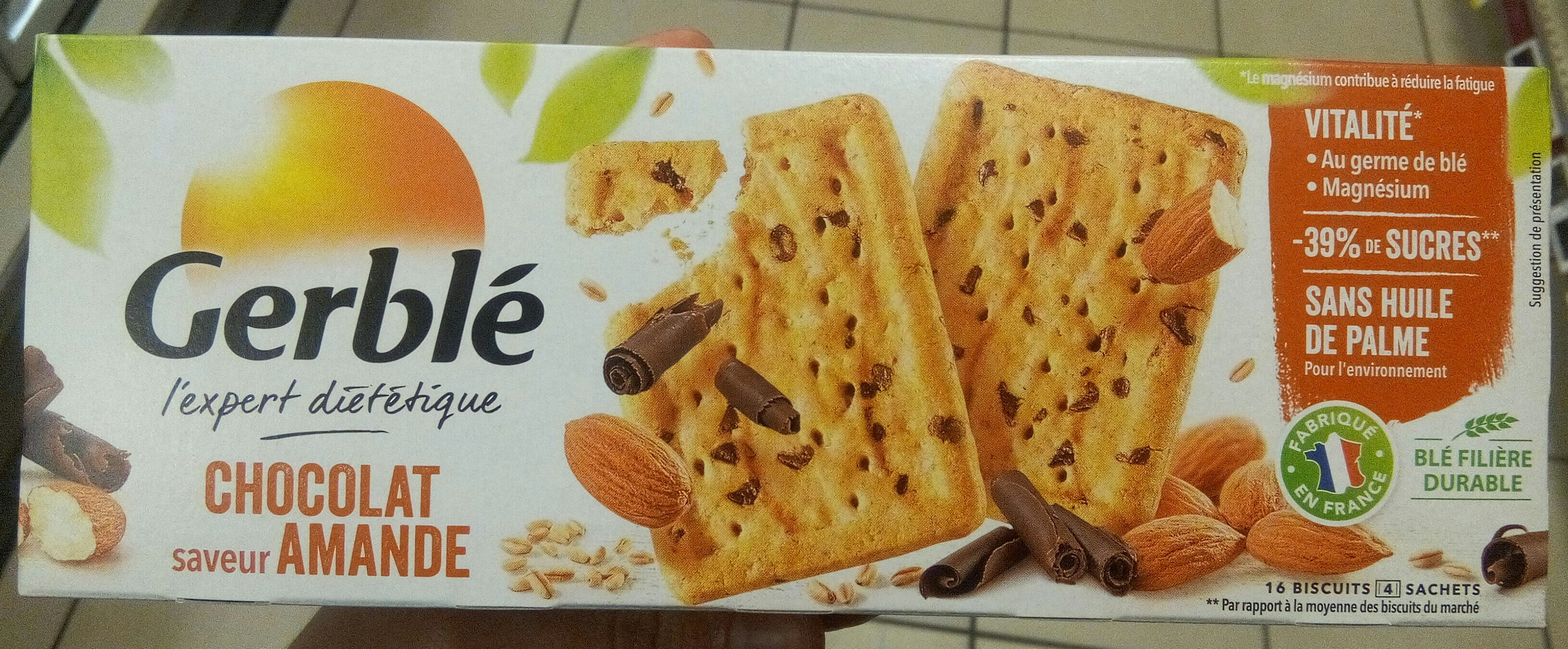 Biscuit chocolat saveur amande - Product - fr
