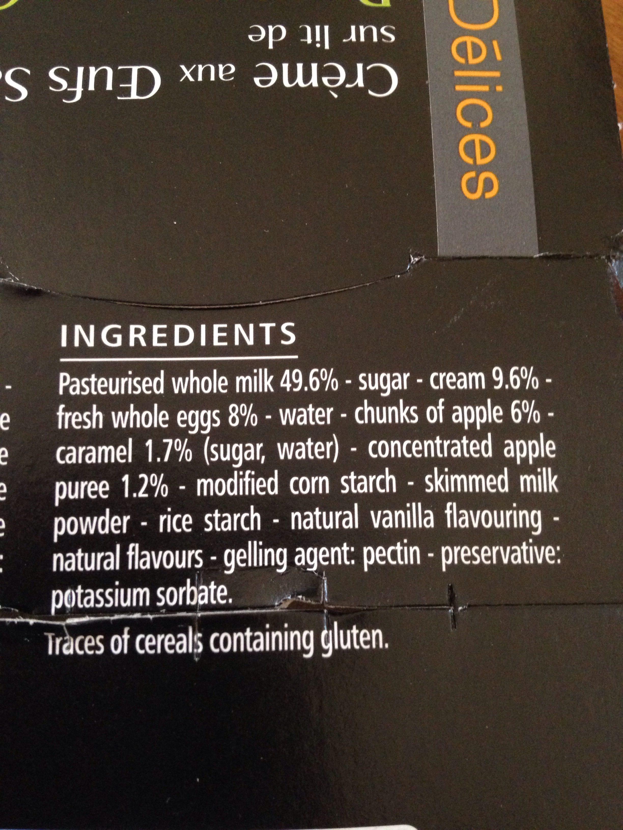 Crème aux oeufs saveur vanille sur lit de pommes au caramel - cuite et dorée au four - Ingrédients - fr