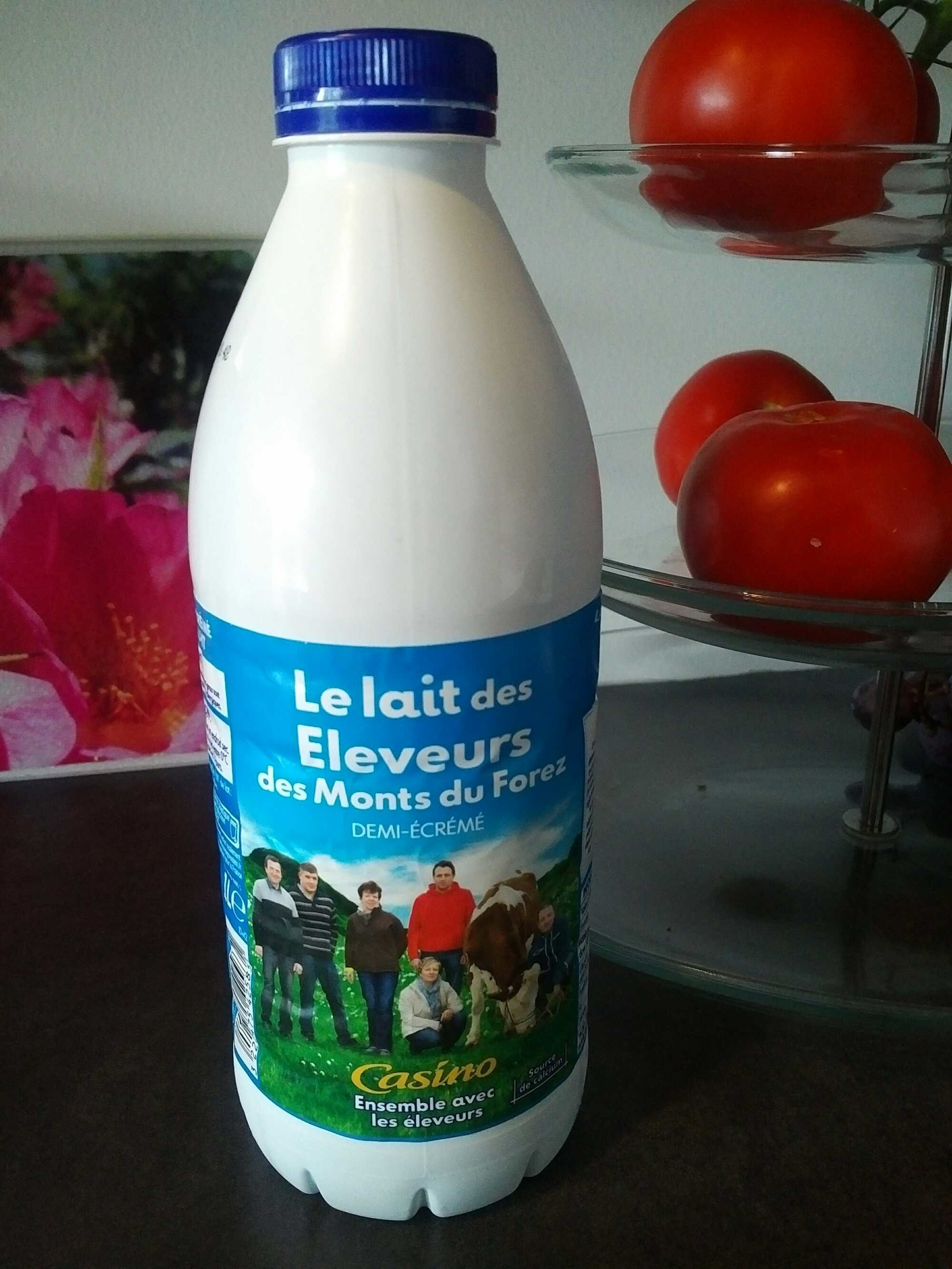 Le lait des Eleveurs des Monts du Forez Demi-Ecrémé - Produit - fr