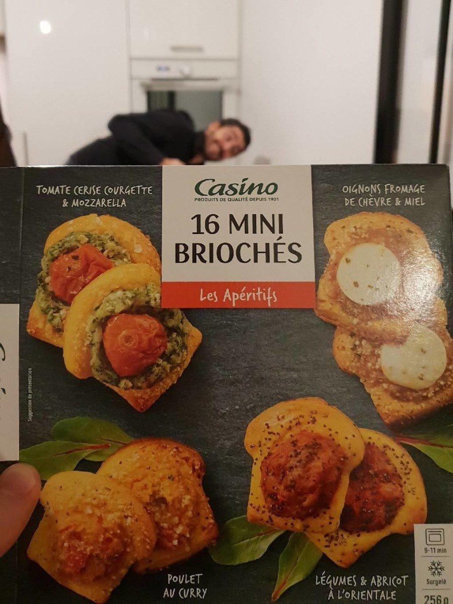 16 Mini briochés (poulet au curry, oignons fromage de chèvre & miel, légumes & abricot à l'orientale, tomate cerise courgette & mozzarella) - Produit - fr
