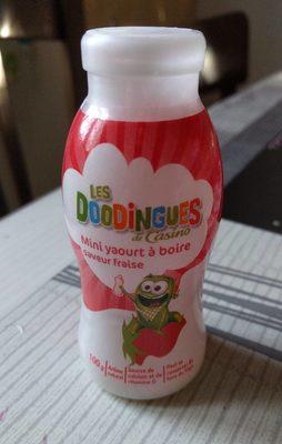 Mini yaourts à boire saveur fraise - Product