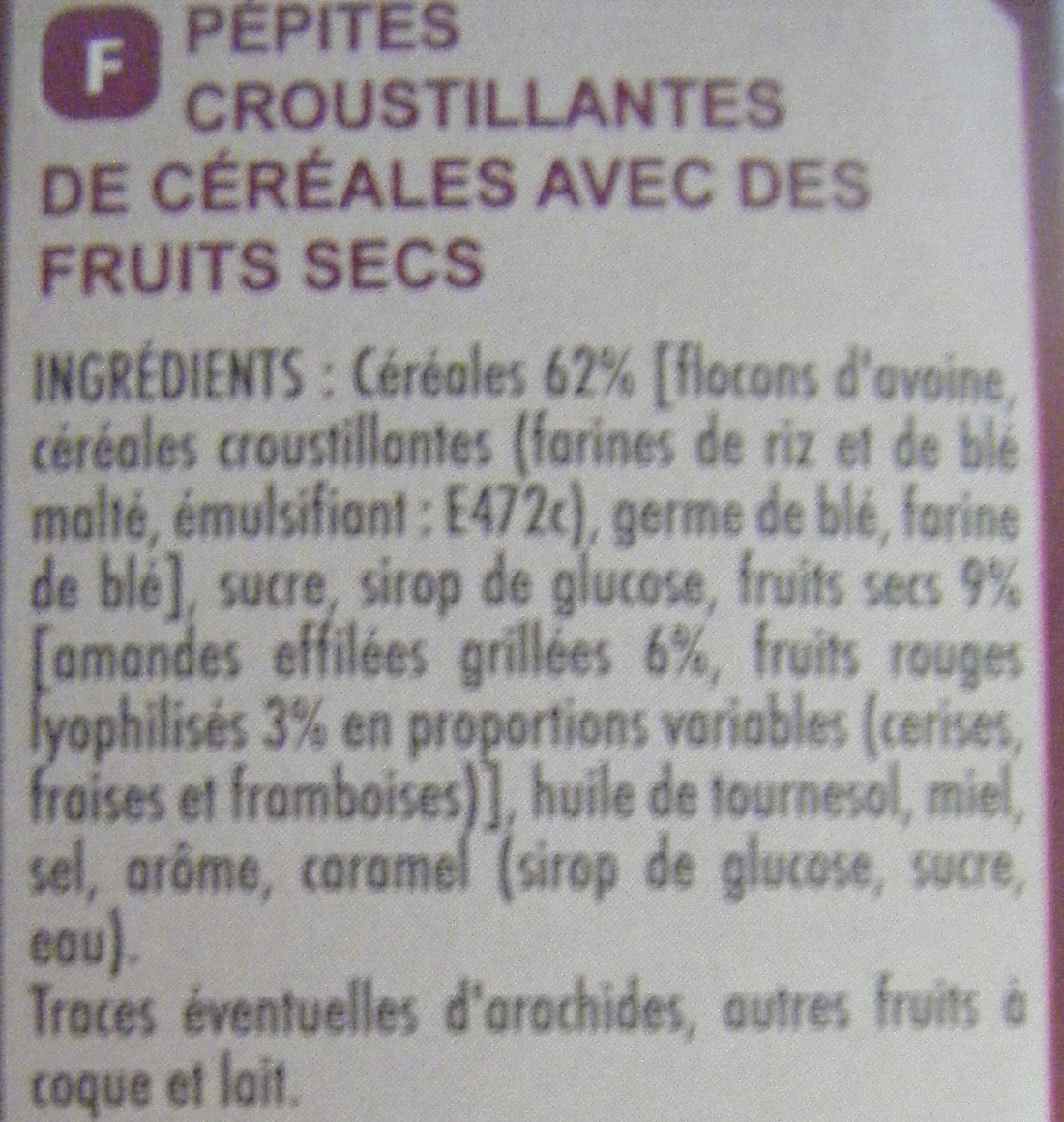 Muesli CRISP Fruits rouges Amandes grillées - Ingredients - fr