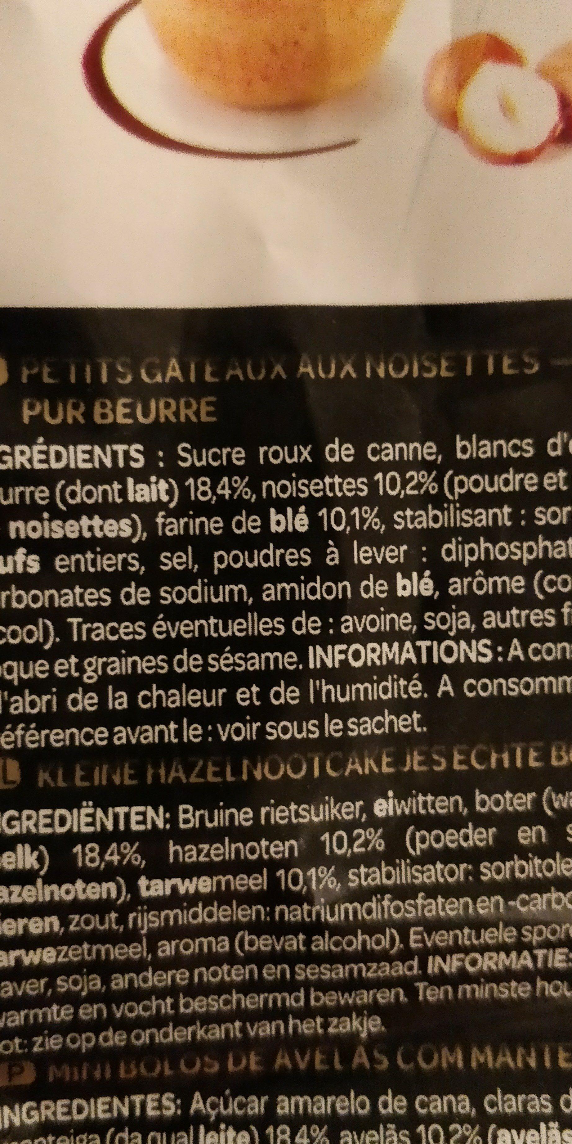 Les Créations Les Fabuleux mini moelleux aux noisettes le paquet de 210 g - Ingrédients - fr