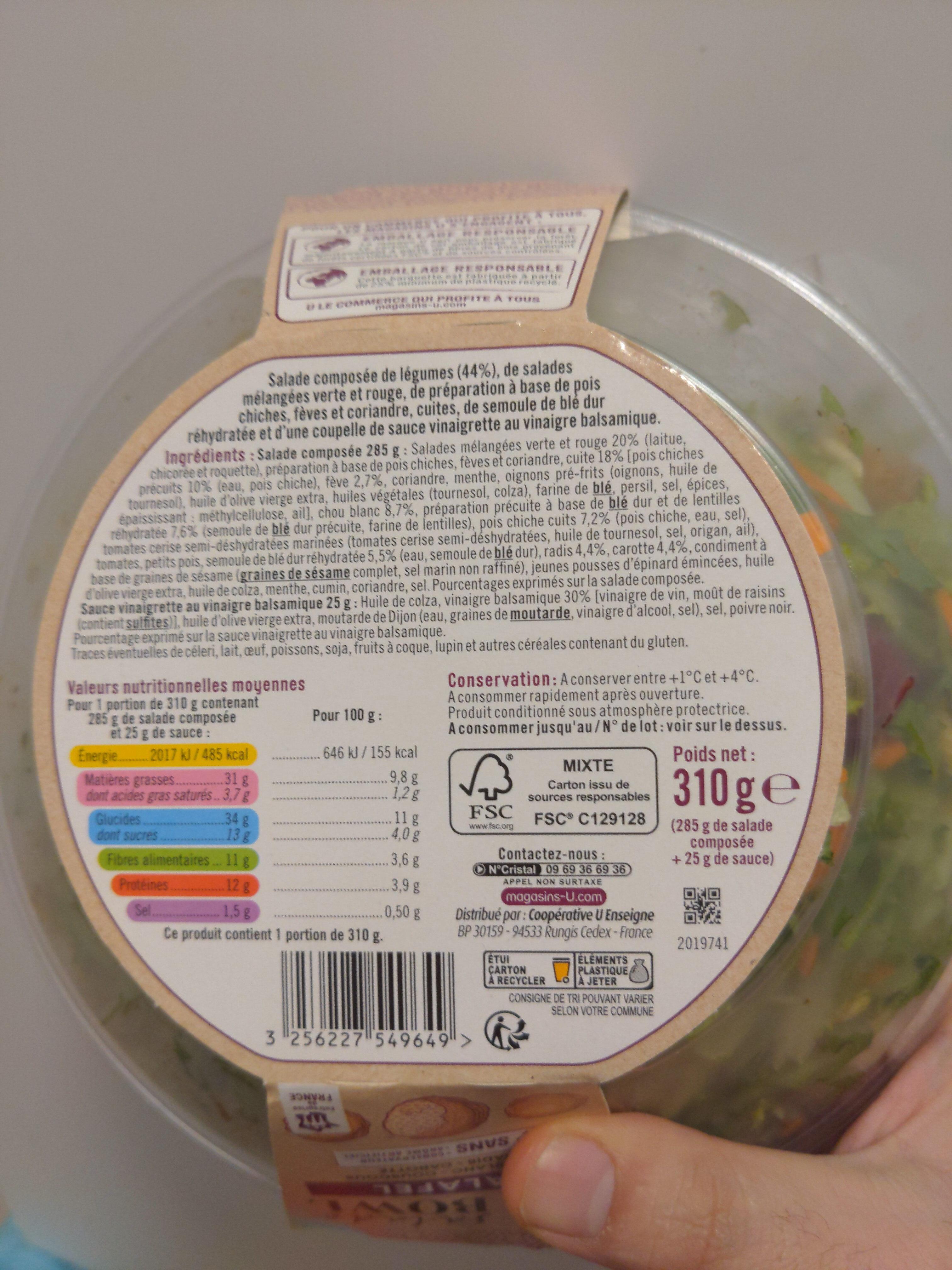 Buddha bowl falafels composé de légumes, salades verte et rouge, une préparation à base de pois chiche, fèves et coriandre, semoule de couscous réhydratée - Recycling instructions and/or packaging information - fr
