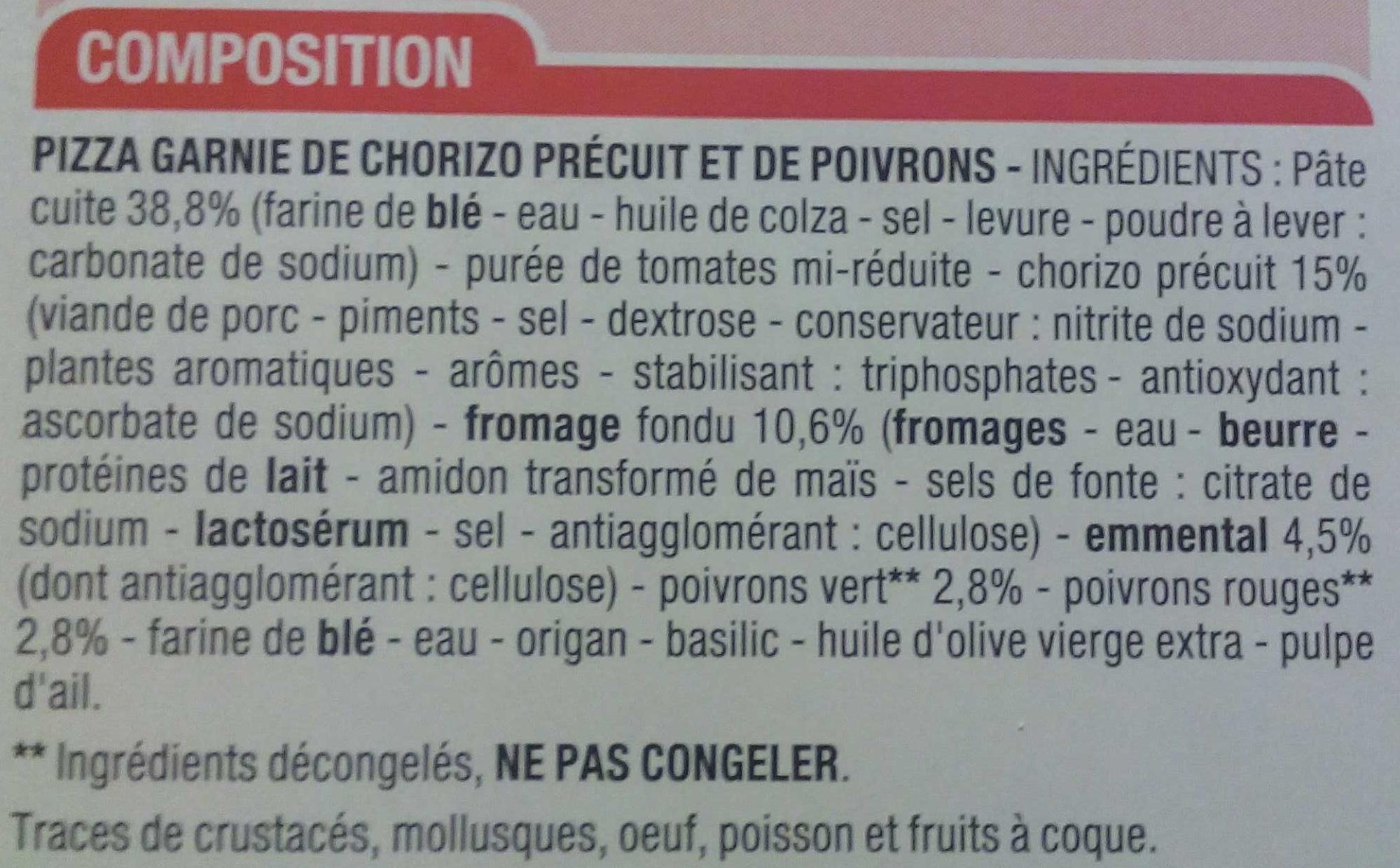 Pizza garnie de chorizo précuit et de poivrons - Ingredients - fr