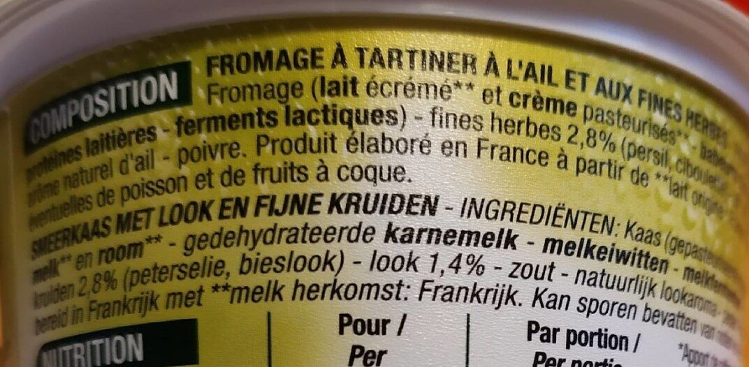Fromage à tartiner Ail & fines herbes Maxi format - Ingredients - fr