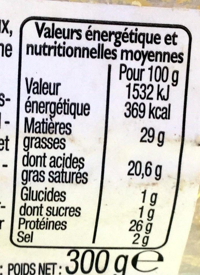 Cantal Entre-deux AOP - Nutrition facts - fr