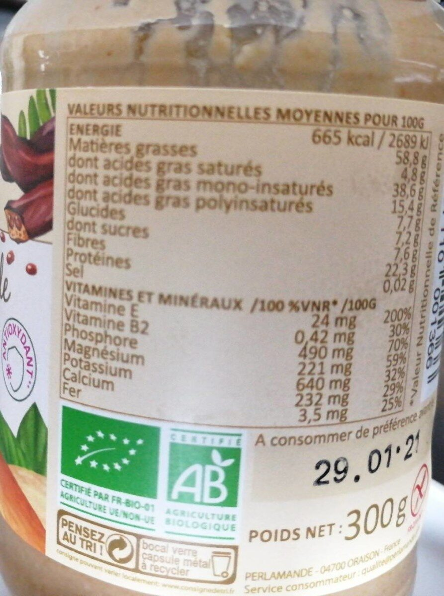 Purée d'amande banane caroube - Nutrition facts - fr