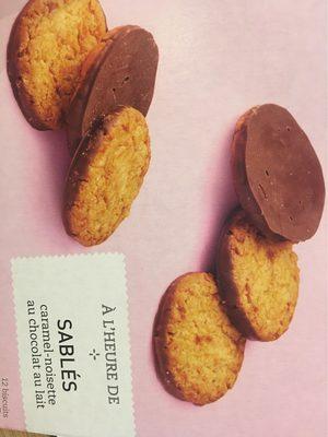 Sablés caramel-noisette au chocolat au lait - 1