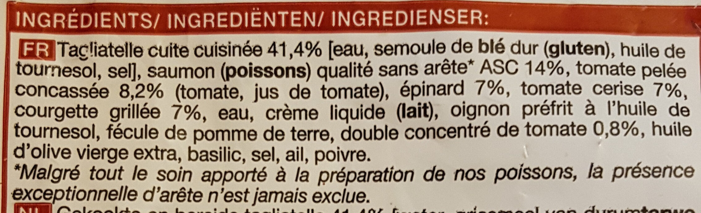 Tagliatelles au saumon sauce tomatée, légumes - Ingredienti - fr