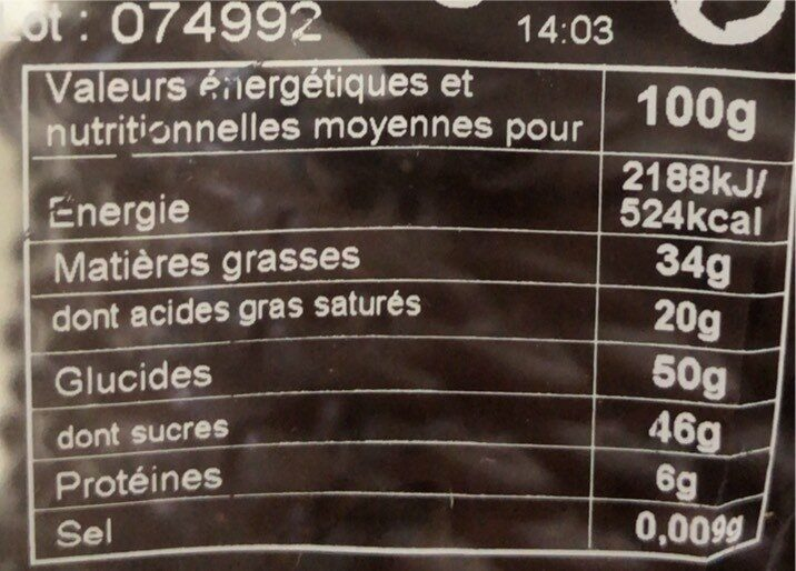 Œuf chocolat noir décoré - Valori nutrizionali - fr