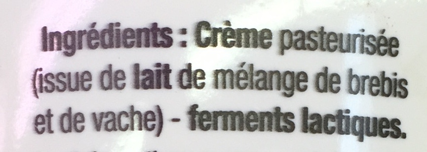 Crème fraîche épaisse (30% MG) - Ingrediënten