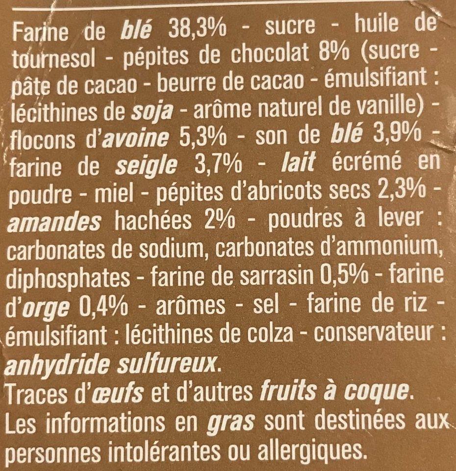 Biscuits Petit Déjeuner 5 Céréales Abricots, Amandes & Pépites de Chocolat - Ingredients - fr