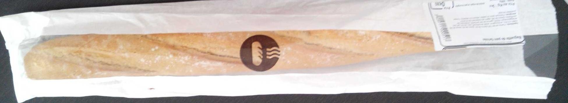 Baguette de pain farinée - Produit - fr
