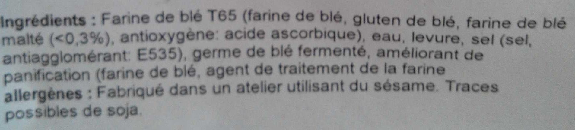 Baguette de pain farinée - Ingrédients - fr