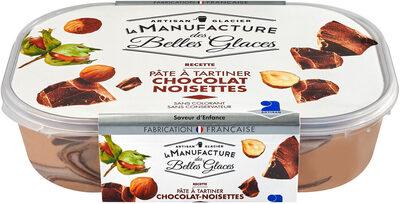 Crème glacée façon pâte à tartiner au chocolat et aux noisettes - Product - fr