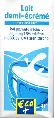 Lait demi-écrémé stérilisé UHT (1,5 % MG) - Product - fr