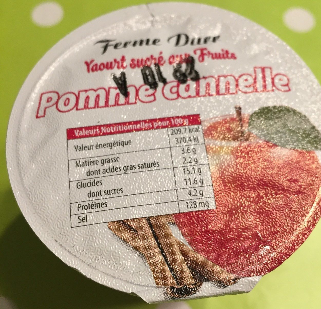 Yaourt aux fruits pomme cannelle - Product