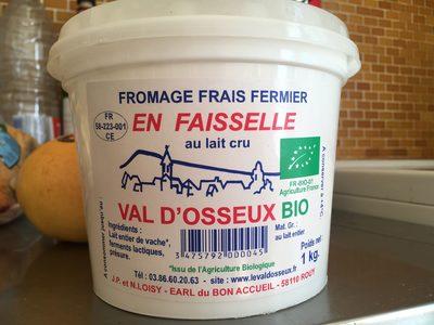Fromage frais fermier en faisselle au lait cru - 1