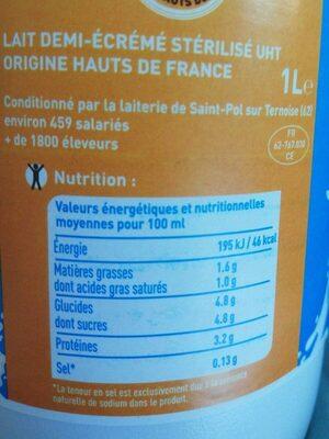 Lait stérilisé uht demi écrémé - Nutrition facts