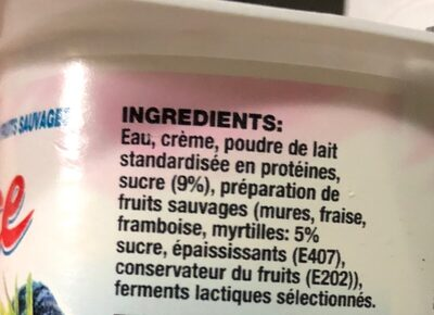 Fromage blanc sucré aux fruits sauvages - Ingredients